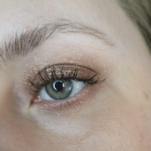 Makeup with Victoria Beckham Beauty Lid Lustre Tea Rose