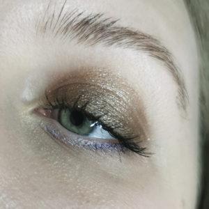 Makeup with Victoria Beckham Beauty Lid Lustre Mink